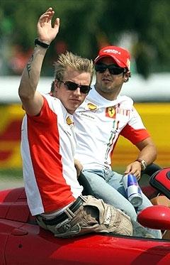 Кими Райкконен и Фелипе Масса. Фото AFP