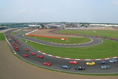 Ferrari на треке Silverstone